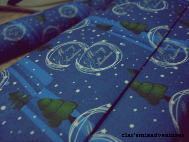 this is my second to the last gift-wrapped uhh gifts this year. this one's for my sister :)